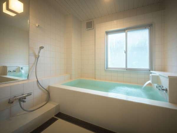 貸切風呂「蘭」ー白をベースとしたスタンダードな源泉かけ流し内風呂 1h 2000円税込