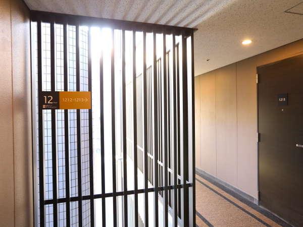 【客室階廊下】