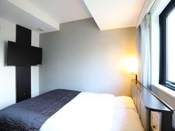 【ダブルルーム】広さ10㎡/ベッド幅140cm