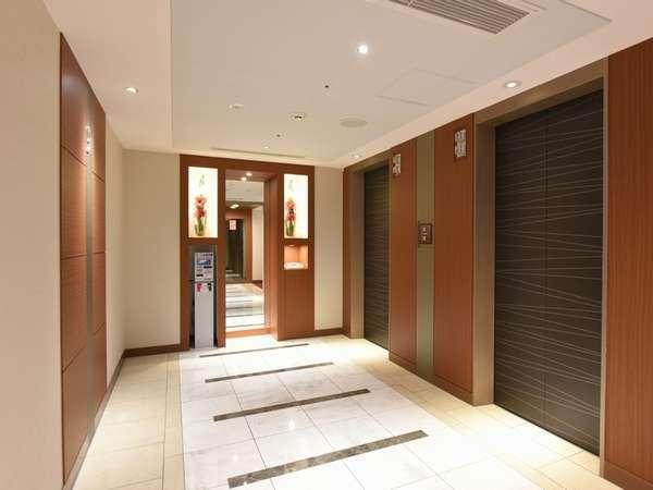 エレベーターホール(客室フロア)