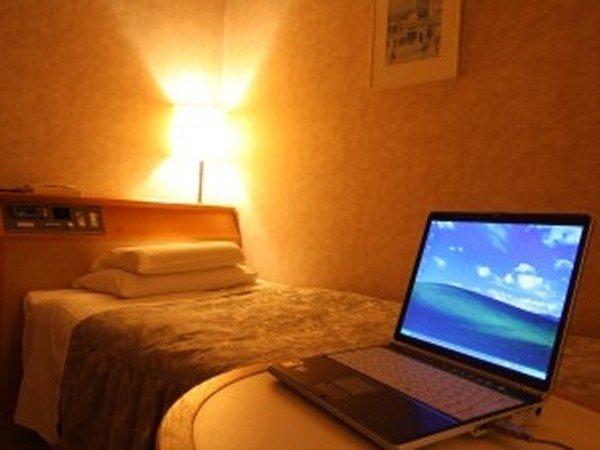 【禁煙シングルルーム】=Wi-Fi=明るく機能的。一人旅に最適