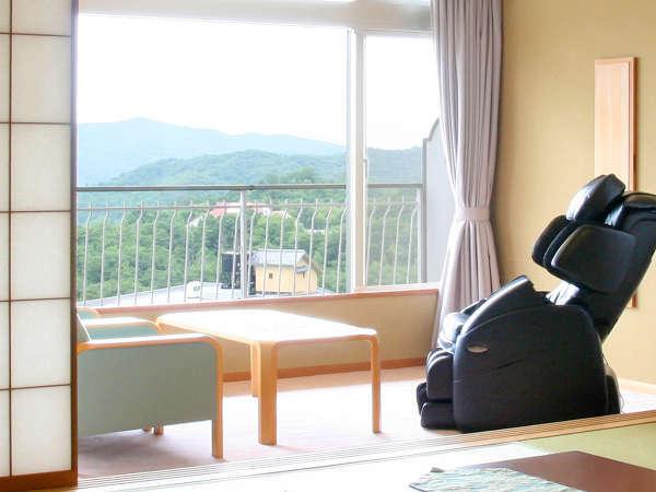 北館客室・北館副室付き客室・露天風呂付き客室に、マッサージチェアを備えています。