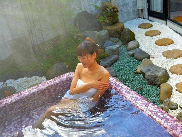 ●フラット館● 杉苔 露天風呂