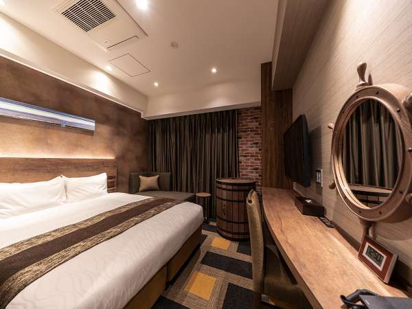 スタンダードダブル ―倉庫デザイン― ※客室デザインはお選び頂けません。当日までのお楽しみ!