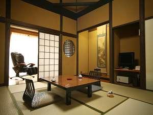 高天井タイプ8畳の露天付き客室の例