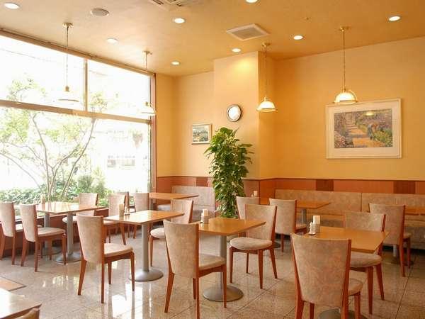 【cafe ANISE】ご朝食はもちろん、お飲物だけでもご利用頂けます☆