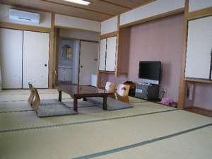2階和室14畳のお部屋