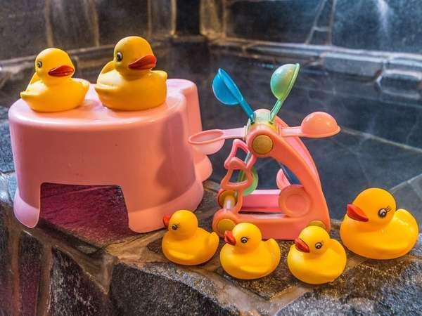 貸切風呂にはお子様用のおもちゃも♪