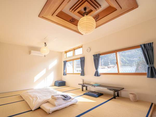 Room2 和室 定員5名 / Japanese-style room for 5 people
