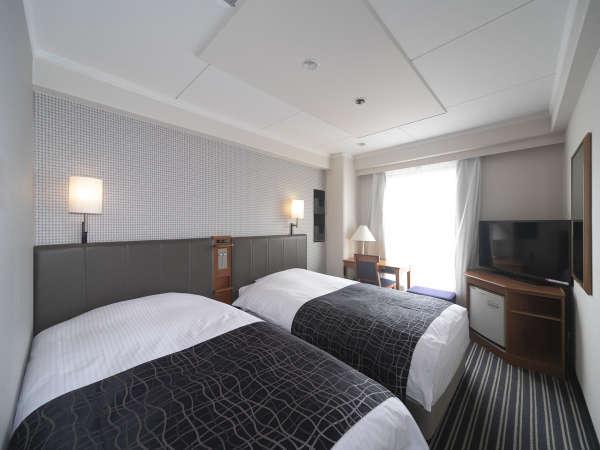 ツインルーム/18平米/ベッド幅110cm×2台