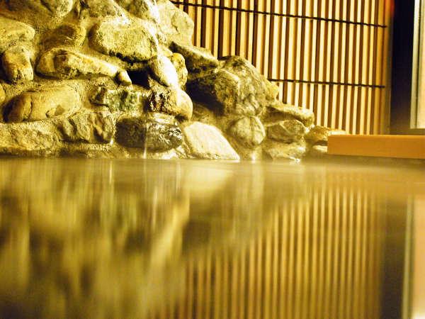 温泉バスタオル・フェイスタオルは大浴場にご用意しております。