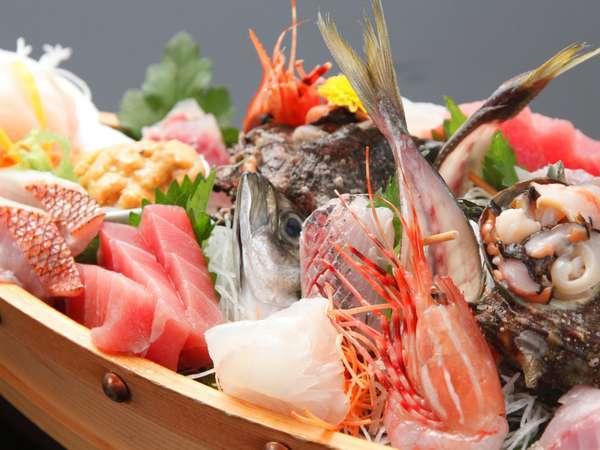 【海鮮舟盛】相模湾・駿河湾などからの新鮮なお刺身は特にお薦め。(調理例 プラン又は別料理・要予約)