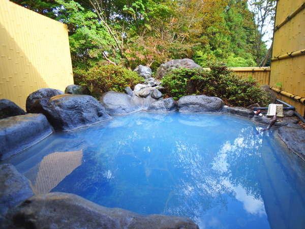 【露天風呂】日によって色が変化する秘湯はトロトロの質感