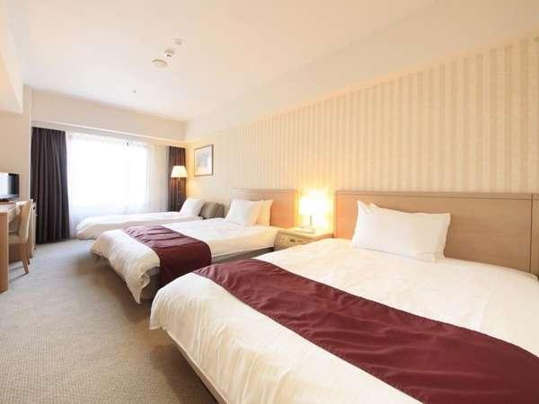 デラックスツイン(小学生のお子様2名まで添い寝無料のファミリータイプ)ベッド幅140㎝