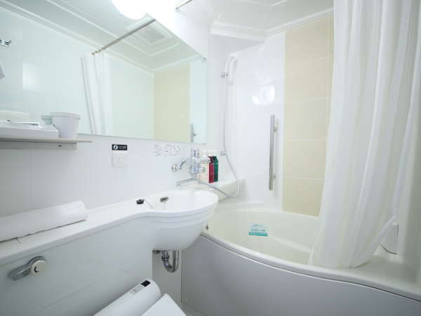 自社開発の節水タイプのたまご型浴槽、ゆったり入浴できるアパホテルオリジナルユニットバス