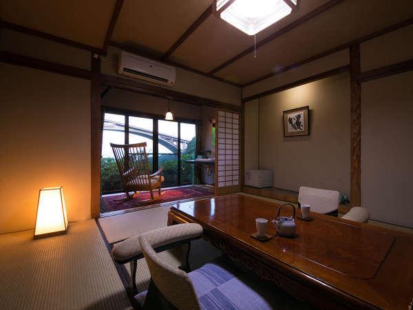 【客室】8畳風呂付のお部屋でリラックス/例