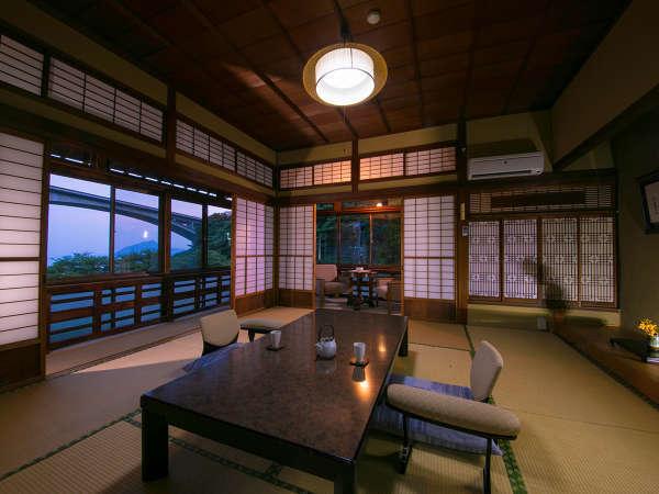 【特別室 望海】落ち着きのあるデザインにゆったり寛げる広々空間