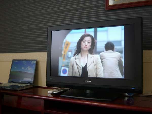 ワイド画面がうれしい32型液晶テレビ※VODは無料でご覧頂けます。