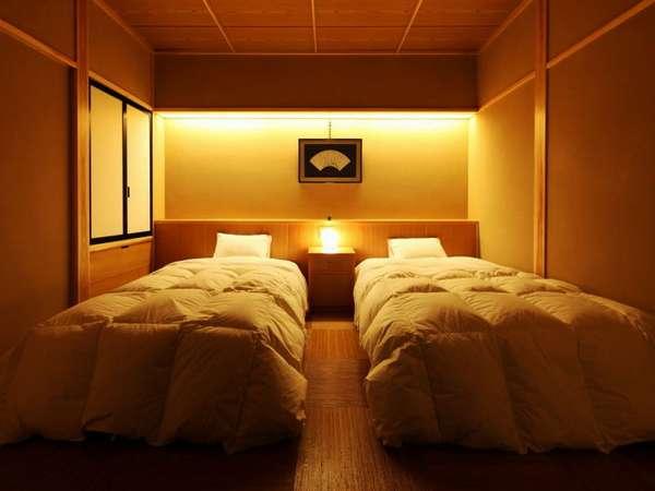 半露天風呂付客室『桔梗』ベッドルーム6畳シモンズ社製のベッド