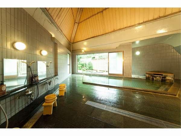 【男子大浴場】瀬波の源泉は95度の高温泉、別名「熱の湯」と呼ばれています。