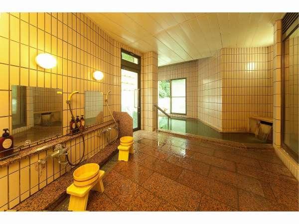 【女子大浴場】瀬波の源泉は95度の高温泉、別名「熱の湯」と呼ばれています。