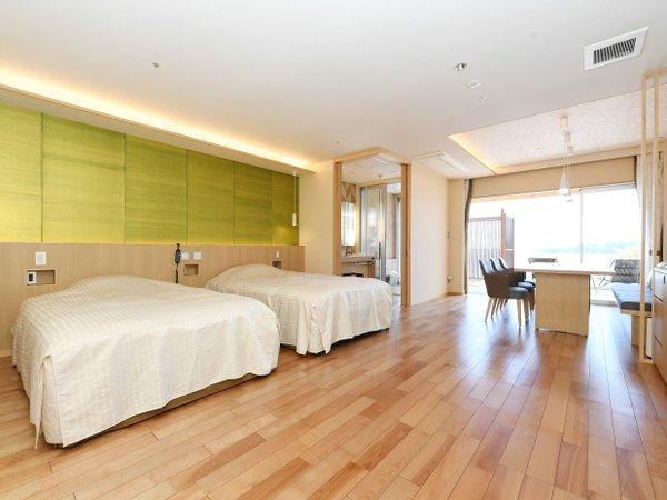 【308号室】専用露天風呂付洋室の室内 バリアフリー対応
