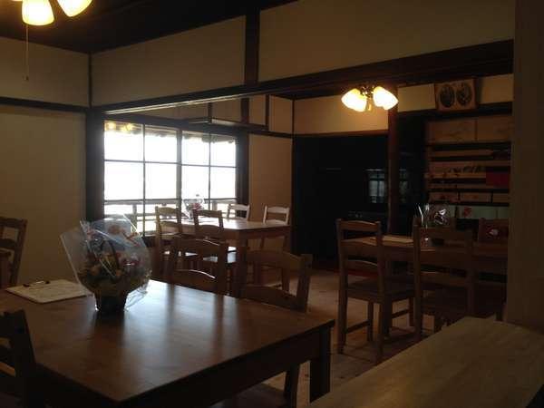 1階のカフェをご利用下さい