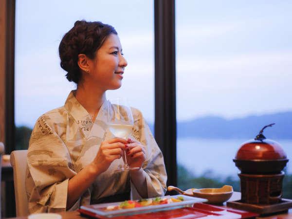 2012年7月にオープンした海の見えるレストラン「ダイニング 花桐 -HANAGIRI-」