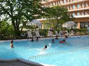 プールでゆっくり♪夏季限定でご利用いただけます!