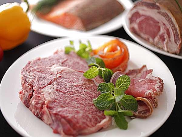 好評♪人気の信州牛のリブロ-スステ-キ、グルメプランのメイン料理