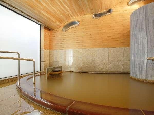 天然温泉の黄金の湯が掛け流されている女性用大浴場