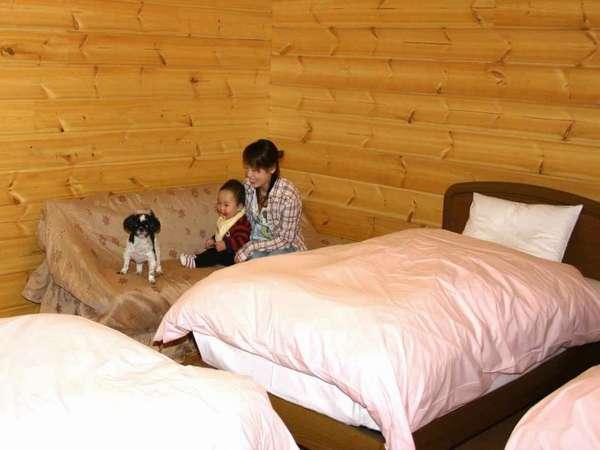 ファミリールームコテージ寝室【客室一例】