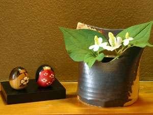 *かわいい小物やお花が皆様をお迎えいたします♪