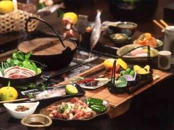 【いろりの宿 魚虎】おいでまい!ほたるの里 塩江温泉の家族でもてなす小さなお宿。