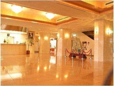 【猪苗代観光ホテル】磐梯高原に佇むスポーツ・レジャー施設充実のホテル。