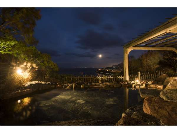 こんこんと湧き出でる豊かな自家源泉。湯冷め知らずの恵まれた泉質「平磯温泉」
