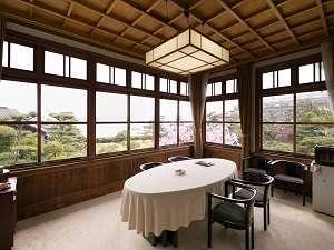【離れ朝日】建物の2階部分のため、瀬瀬戸内海を一望できます。
