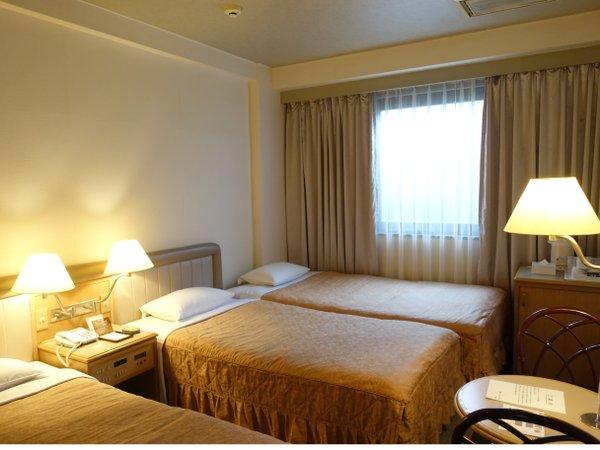 ◆トリプルルーム◆ファミリーやお友達同士にピッタリ。3名利用で大変お得なお部屋です。