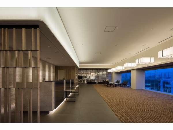 9階フロント・ロビー
