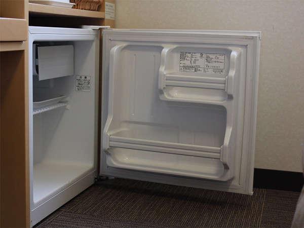 【全室冷蔵庫完備】中は空ですのでお好みで好きな物を入れてご利用下さい。