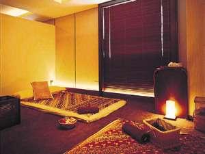 【タイ・古式セラピー】落ち着いた雰囲気の個室で癒しのひとときを。