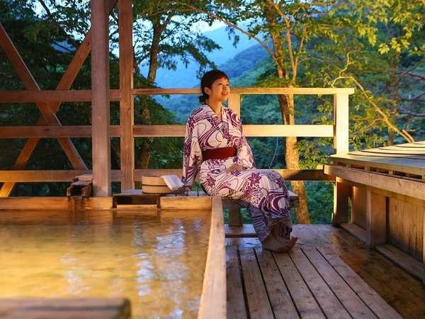 【天空の小鳥風呂・角】松川渓谷の自然の息吹を肌で感じながらのひと時