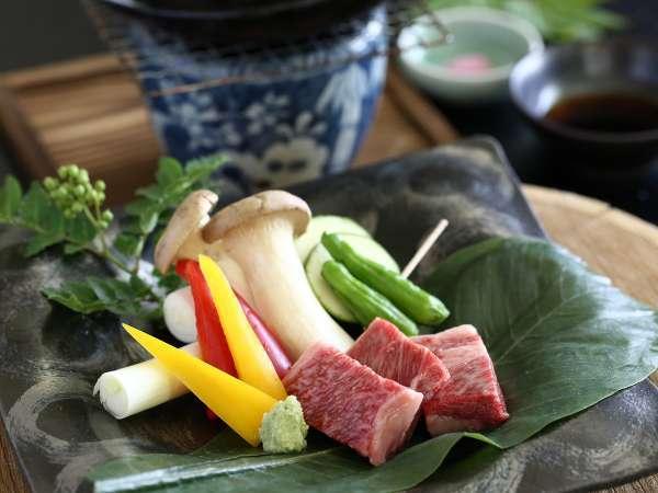 ■贅沢ご飯コースのメイン 信州牛の陶板焼き