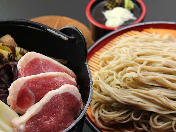 冬季限定の鴨鍋プラン♪〆は裁ち蕎麦を楽しめます!