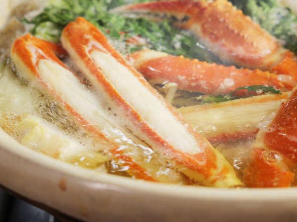 寒い日にはカニのお鍋が嬉しい♪体中に温もりと旨味が染み渡ります(´ω`*)