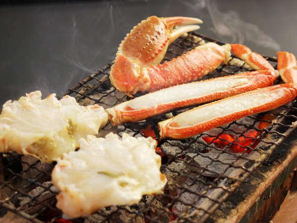 カニ炭火焼はじっくり焼くことによって旨みが引き出され、香ばしくて美味しいですよ~♪