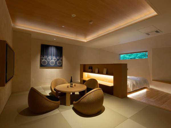 【特別室椿】露天風呂付和洋室 お酒を楽しむ畳エリア