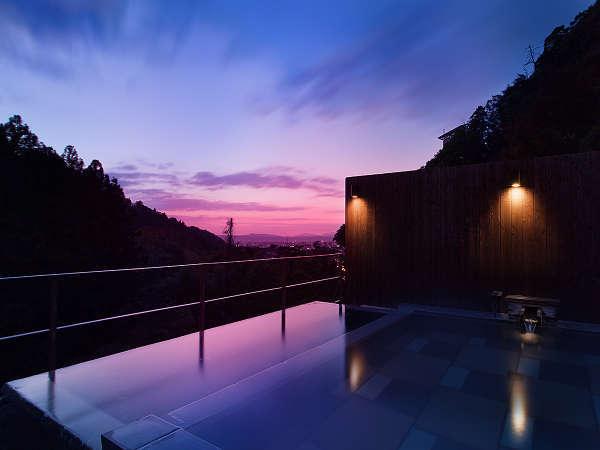 絶景の屋上貸切露天風呂「星空の湯」のイメージ