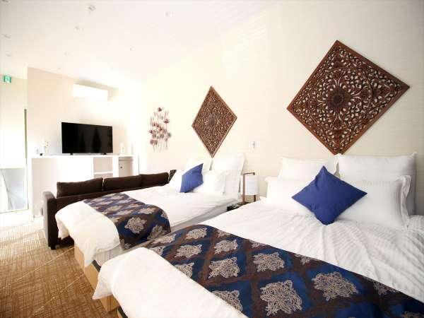 高級感で落ち着きのある寝室。