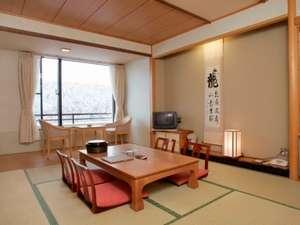 冬の本館客室